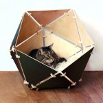 Catissa Geobed : Modern Wooden Geometric Cat House
