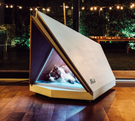 Ford Noise-Cancelling Kennel Keeps Your Dog Calm During Fireworks
