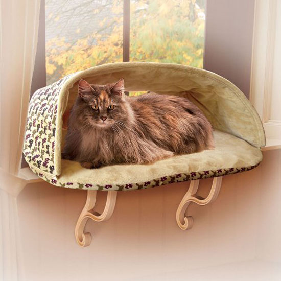 K&H Kitty Sill Deluxe Cat Bed with Hood