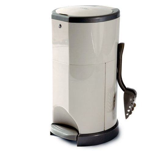 Litter Champ Premium Pet Waste and Odor Disposal System from Lucky Champ