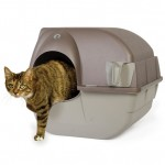 Omega Paw Litter Box : Roll and Clean Litter Box, No Electricity Required!
