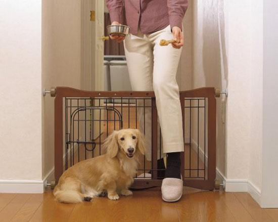 Richell Wood Pet Sitter Gate