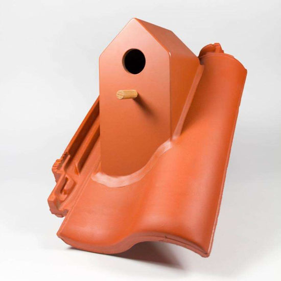 Terracotta Roof with Integrated BirdHouse by Klaas Kulken