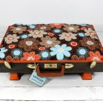 Beautiful Upcycled Vintage Handmade Suitcase Pet Bed